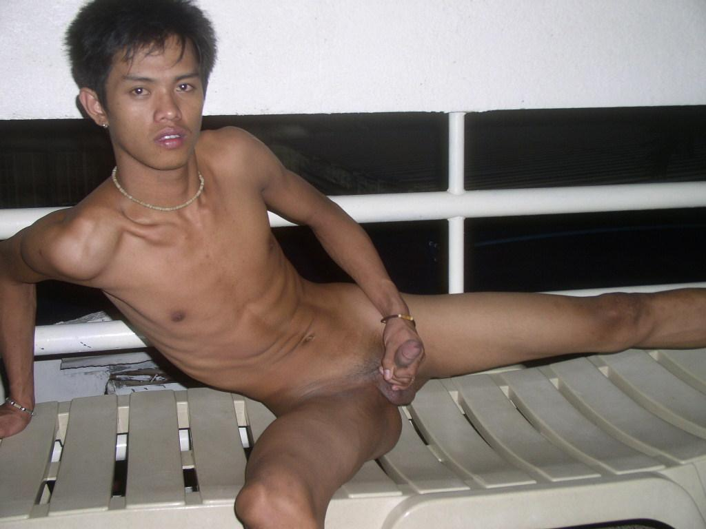 naked Asian boys