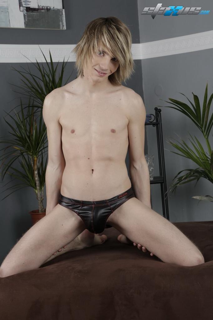 Horny mates ass fucking