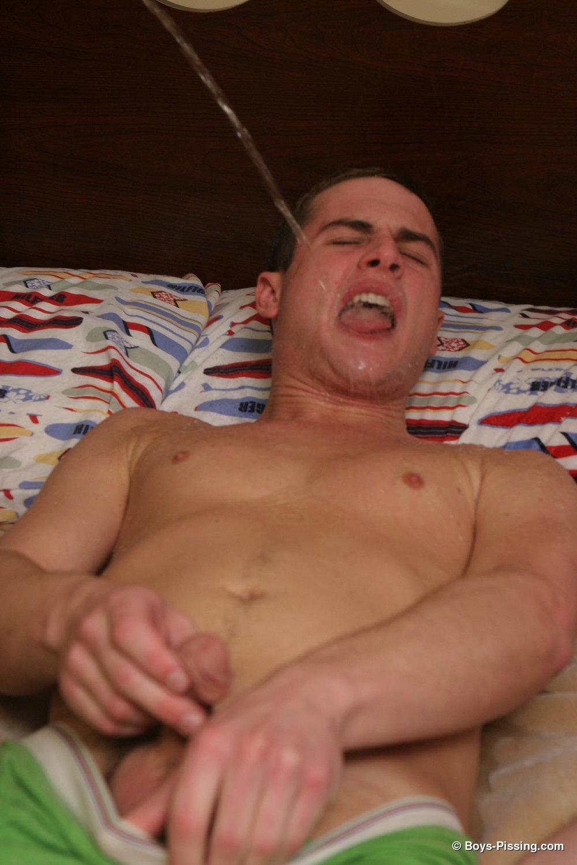 clit licking girls photos